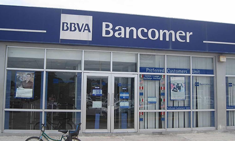 ¿Cuantos dólares puedo depositar en Bancomer?
