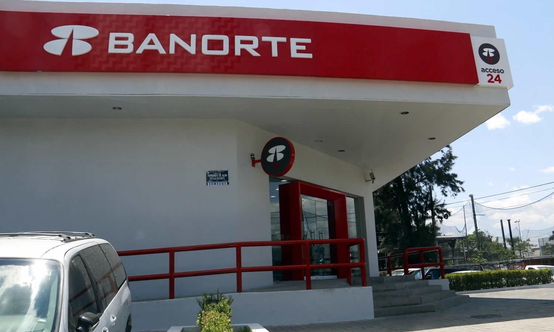 Cuántos dólares puedo depositar en Banorte?